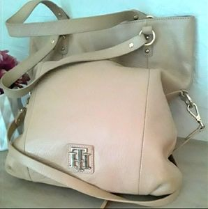 ⬇️💲Tommy Hilfiger Tan Leather Large Purse Tote